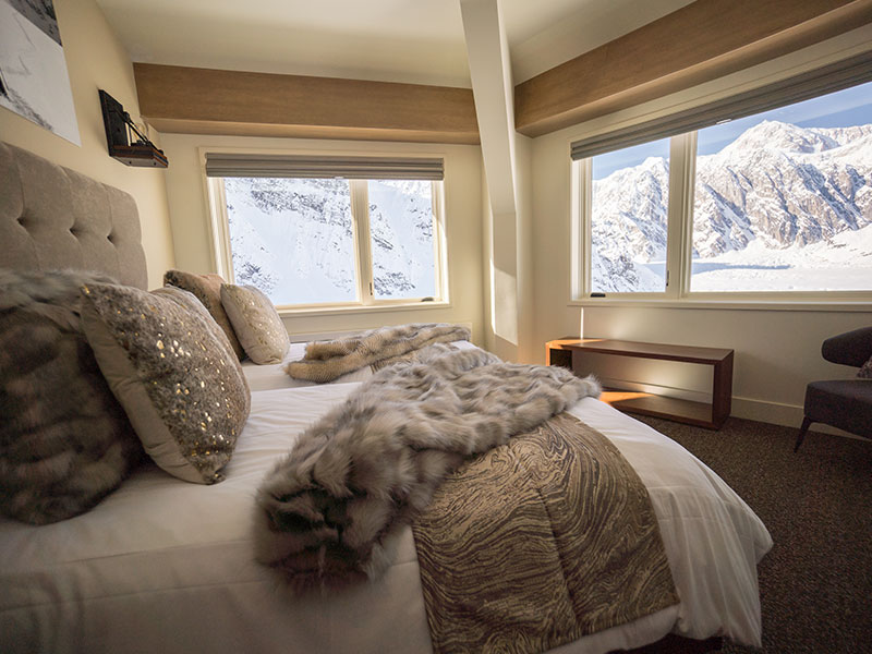 Alaska Remote Wilderness Lodges | Sheldon Chalet